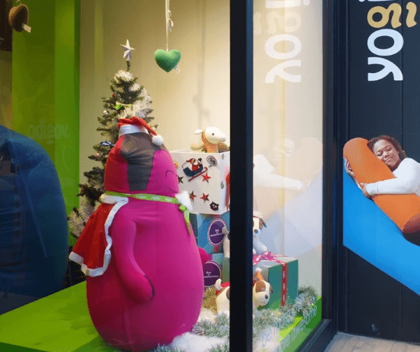 ヨギボーストア青山店