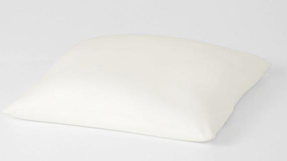 体にフィットするソファの補充用クッション